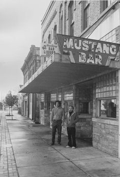 Mustang Bar 1850