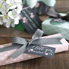 Perfect gift-wrapping from @liagriffith