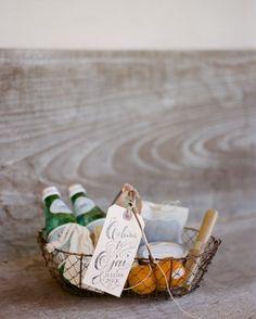 Elegant wedding welcome basket |  photography by http://erinheartscourt.com/