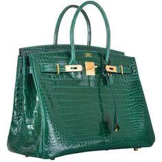 Pre-owned HERMES BIRKIN BAG 35cm EMERALD GREEN CROCODILE (VERT... (2,605,410 MXN) ❤ liked on Polyvore featuring bags, handbags, hermes, bolsas, handbags and purses, hermes birkin bags, top handle bags, crocodile handbag, green handbags and hermes purse