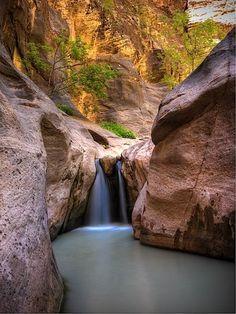 Orderville Falls, Orderville Canyon, Zion Nat Park, Ut