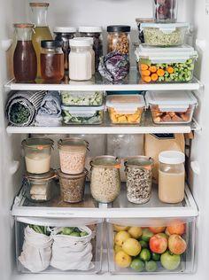 Ideas Healthy Fridge Organization Food Recipes For 2019 Fridge Storage, Refrigerator Organization, Kitchen Organization, Organization Ideas, Kitchen Storage, Storage Ideas, Kitchen Decor, Kitchen Hacks, Diy Kitchen