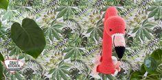 Flamingo aan de muur gehaakt met Durable Cosy fine. Ontwerp Anneke van Ak at Home. Flamingo, Christmas Ornaments, Holiday Decor, Amigurumi, Flamingo Bird, Christmas Jewelry, Flamingos, Christmas Decorations, Christmas Decor