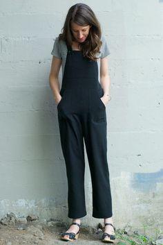 Pauline Alice Turia Dungarees in raw silk noil from Fabric.com - silk noil = bourette seide