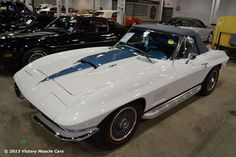 Deal or No Deal? 1967 Chevrolet Corvette Convertible 427 sells at Mecum Auctions for What say you? Chevrolet Corvette, Old Corvette, Chevy, Us Cars, Sport Cars, 1967 Corvette Stingray, Corvette America, Corvette Convertible, Bugatti Cars