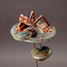 Frog sitting on lilly pad outdoor garden art decor by Haw Creek Forge. Outdoor Sculpture, Sculpture Art, Frog Sitting, Copper Art, Copper Sheets, Patina Finish, Frog And Toad, Garden Stakes, Yard Art