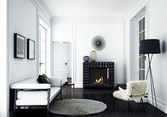 Biokominek EGZUL #kratkipl #biokominek #wnętrze #mieszkanie #modern #interior #scandi #black&white