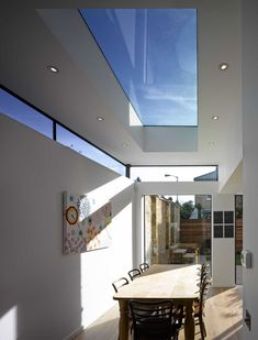 30 Best Of Skylight Ideas to Make Your Space Brighter Skylight ideas to make your space brighter best of another flat roof extension with roof light and high level Flat Roof Skylights, Clerestory Windows, Flat Roof Design, Roof Extension, Extension Ideas, Plafond Design, Roof Lantern, Fibreglass Roof, Roof Window