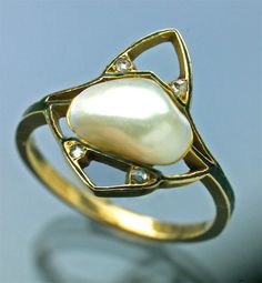 This is not contemporary - image from a gallery of vintage and/or antique objects. ART NOUVEAU  Ring  Gold Enamel Pearl Diamond