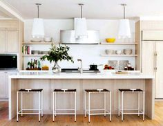I can picture breakfast here..I love this open floor plan