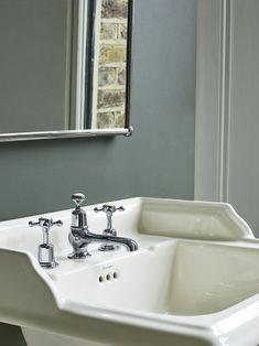 Medici - ivory ceramic basin from Burlington Bathrooms - Design Hunter Turquoise Bathroom, Bathroom Colors, Eclectic Bathroom, Bathroom Styling, Bad Inspiration, Bathroom Inspiration, Burlington Bathroom, Bathroom Trends, Contemporary Bathrooms