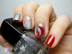 Nail art rojo y plata. Red and Silver Nail Art. Hagamos Nails. #red #silver #nailart