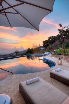 House of Turquoise: The Retreat - Costa Rica