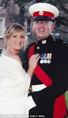 Sgt Blackman and his wife pictured on their wedding day in Frederick Forsyth, Chain Of Command, French Foreign Legion, Haunting Photos, Wife Pics, Royal Marines, Royal Navy, Marine Corps, Troops