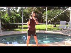 Kettlebell Thruster: The Complete Exercise Tutorial. Super quick Workouts for Busy Mom's. Kettlebell workouts target a lot of muscles in one go so you don't waste time having to target separate areas of the body individually. You will find that these full body workouts are hard work from the beginning, using lots of energy in one go is tiring but also very time efficient. Be sure to use the correct kettlebell exercises, kettlebells should not be used the same as a dumbbell.
