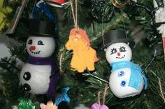 Diy Snowman Christmas ornaments with styrofoam balls