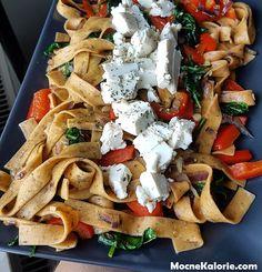 Lekki makaron tagliatelle z fetą - Mocne Kalorie I Foods, Feta, Tacos, Good Food, Food And Drink, Lunch, Healthy Recipes, Cheese, Dinner