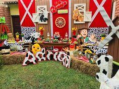 Farm Animal Party, Farm Animal Birthday, Cowgirl Birthday, Cowgirl Party, Farm Birthday Cakes, Boys First Birthday Party Ideas, 1st Boy Birthday, 3rd Birthday Parties, Farm Themed Party