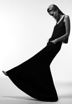Sleek Black Skirt - minimal fashion, bold minimalist style // Ph. Fabio Bozzetti