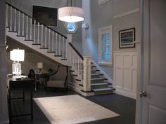The Marin Residence is located at 34 Turning Leaf Lane in Rosewood, Pennsylvania. Hanna's house...