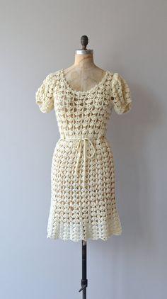 Wynsom dress 1960s crochet dress vintage cream by DearGolden
