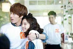 """Hahaha, when they were fooling the ex boyfriend. They were so funny! """"Jagiya!"""" lol #FlowerBoyRamyunShop"""