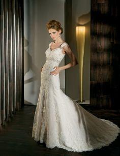 Amazing trumpet/mermaid empire waist lace wedding dress