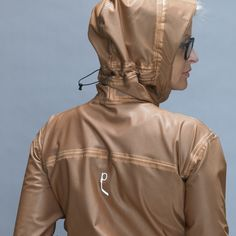 Roccia Rossa Designer Jacket wins ISPO Award 2014 category Outerlayer This women's jacket combines outdoor and lifestyle aspects. Jackets Online, Fashion Women, Rain Jacket, Windbreaker, Jackets For Women, Lifestyle, Outdoor, Shopping, Design
