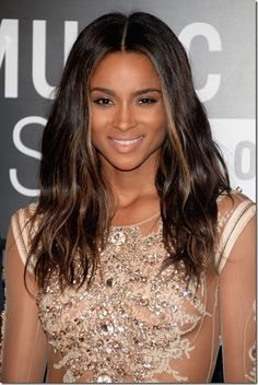 Ciara's barely there makeup at the 2013 MTV VMA's hot or not?