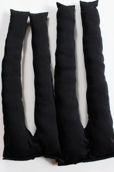 You KNOW you want to make your own DIY knot pillow. Cute Pillows, Diy Pillows, Boho Pillows, Throw Pillows, Sofa Pillow Covers, Pillow Cases, Sewing Machine Parts, Knot Pillow, Vintage Sewing Machines