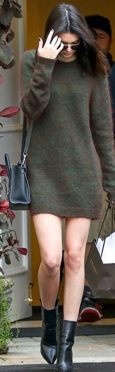 Who made  Kendall Jenner's brown sweater dress, black handbag, and leather ankle boots?