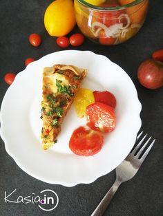Pomidor w galaretce to świetny pomysł na zatrzymanie w słoiku smaku letnich pomidorów. Chutney, Bon Appetit, Lunch Box, Eggs, Breakfast, Food, Diet, Essen, Morning Coffee