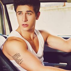 david henrie, you have grown up very nicely.