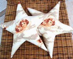 """Sternkissen    """"Engel""""      2 süße Sternchen mit Engelsmotiven für die Deko Zuhause oder als Mitbringsel für jemand Besonderen ♥    gefüllt mit Sof..."""