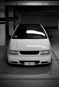 Vw Derby, Jetta Mk1, Volkswagen Golf Mk2, Slammed Cars, Ford Fiesta St, Polo Classic, Sport Seats, Running Gear, Cars And Motorcycles