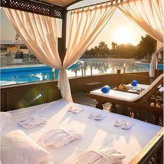 Do you want to live in this Resort?   #DesignandArchitecture #DA #architecture #Hotel #Resort #HotelsandResorts #DesignandArchiHotelsandResorts