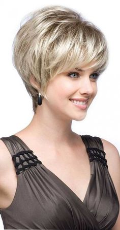 20 Cute And Easy Hairstyles for Short Hair | http://www.short-hairstyles.co/20-cute-and-easy-hairstyles-for-short-hair.html