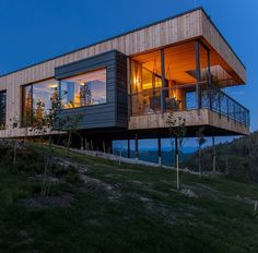9 houses that have made a hillside their home 1 The Deluxe Mountain Chalet in Styria Austria Designed by Viereck Architekten Photography by Andreas Tischler 2 The Bolton Residence in nbsp hellip Goula Williams Tischler Photography Del Fante Scott Smith Haus Am Hang, Pole House, Hillside House, House On Stilts, Cabins In The Woods, Modern Architecture, Bungalow, House Design, House Styles