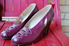 Items similar to new old stock wine red heels Classic beauties with pearl accents pinup worthy size 5 WWII on Etsy Vintage Wear, Vintage Shoes, Vintage Dresses, Vintage Outfits, Vintage Clothing, Vintage Style, 1940s Fashion Women, Vintage Fashion, Purple Shoes
