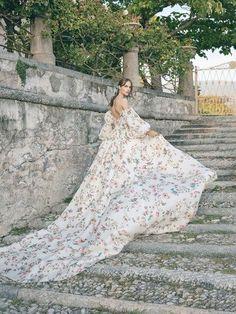 Wedding Dress Trends, Fall Wedding Dresses, Tulle Wedding, Wedding Dress Styles, Boho Wedding Dress, Wedding Gowns, Green Wedding, Wedding Shoes, Wedding Mandap