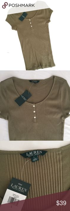 """Ralph Lauren NWT olive green basic ribbed tee This is a super trendy color this fall! Perfect under a sweater cardigan with jeans.  Brand new, ribbed type fabric.  Measurements laying flat:  * Bust 18"""" * Length 27""""  Condition/Flaws * Brand new, tags attached  Item # *  RS?5.281117 Lauren Ralph Lauren Tops Tees - Short Sleeve"""