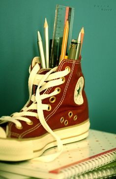 Chuck Taylor stationary holder?! Awesome. Brought to you by Shoplet.co.uk - everything for your business.