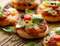 Small Pizza, Magic Recipe, Tasty, Yummy Food, Incredible Recipes, Cooking Recipes, Healthy Recipes, Just Cooking, Food Humor
