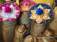 Mexican palm straw hats from Jaracuaro are very high quality, visit the workshops in your next visit to Patzcuaro