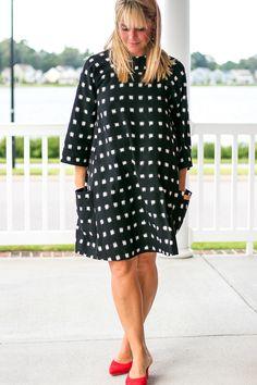 Trapeze Tank Dress Pattern {free} - The Sewing Rabbit Diy Maxi Skirt, Diy Dress, Tank Dress, Wrap Dress, Sewing Patterns Girls, Dress Patterns, Pattern Sewing, Coat Patterns, Pattern Drafting
