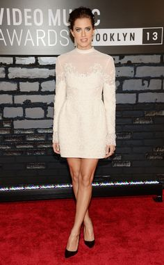 Allison Williams from 2013 MTV Video Music Awards Red Carpet Arrivals | E! Online