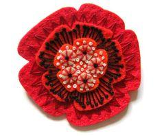 beautiful felt poppy - must make this