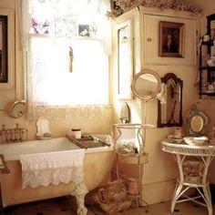 ❥ Victorian bathroom