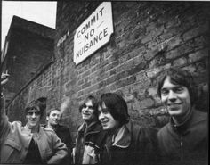 The Verve Bitter Sweet Symphony Lyrics The Verve, Bitter Sweet Symphony, Famous Album Covers, Peel Sessions, Grunge, Memories Faded, Band Camp, Greatest Rock Bands, Simple Minds