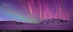 """When the Weak Sunbeams meet the Northern Lights II par  Ole Olsvig. 31,7x13,2"""""""